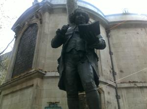 Dr Johnson hiding round the back of St Clement Danes on the Strand